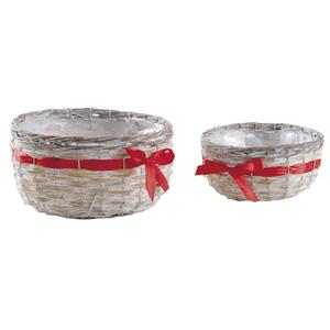 Photo CCO937SP : Round reed and whitewashed baskets with red ribbon