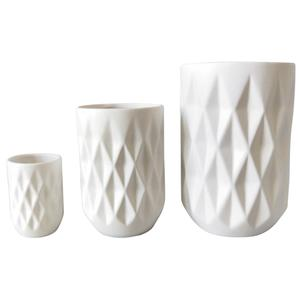 Photo DVA167SV : Vases blancs en céramique